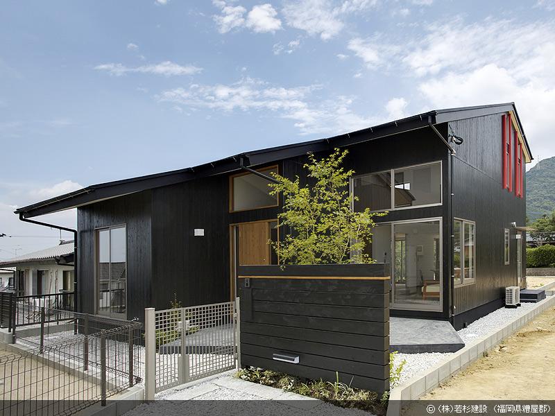 01 E House
